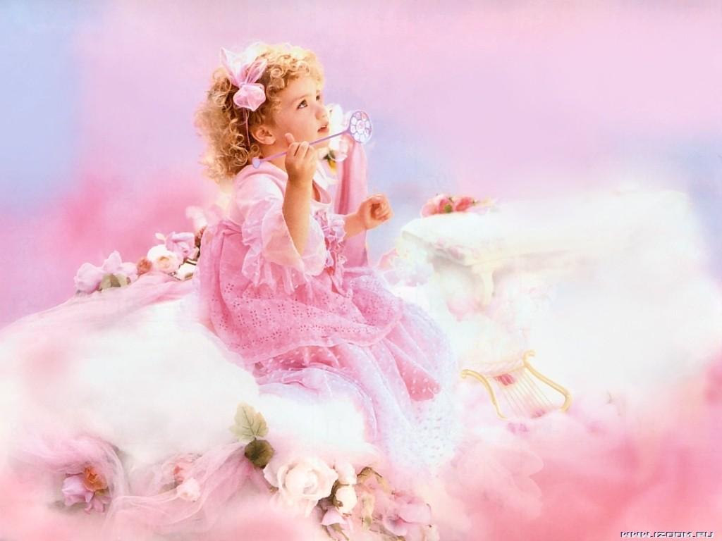 http://buket.ck.ua/album/wallpapers/kids/10247117985.jpg