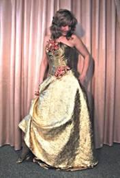 Як вибрати вечірню сукню по фігурі